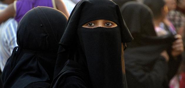 ما حكم عدم لبس الحجاب