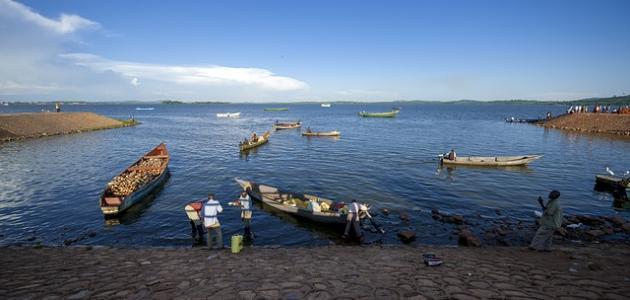 أكبر بحيرة في أفريقيا
