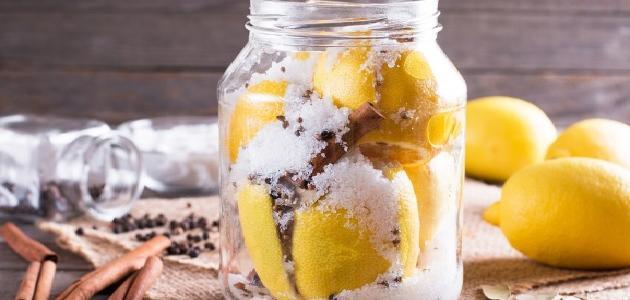 أسهل طريقة لعمل مخلل الليمون