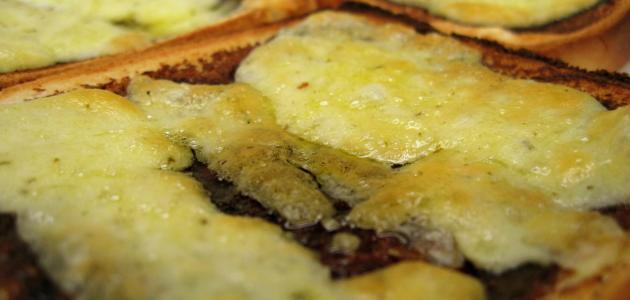 أطباق خبز التوست