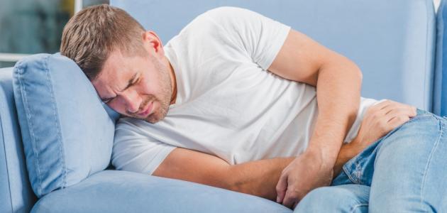 أعراض الفتق الأربي
