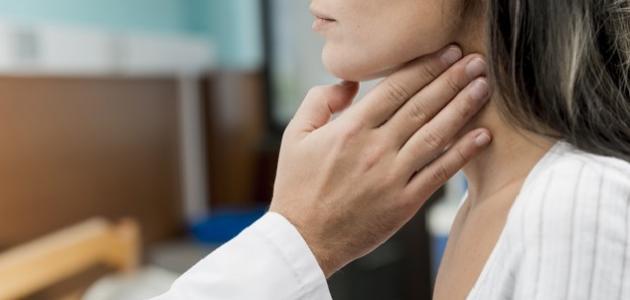 أعراض التهاب الحنجرة