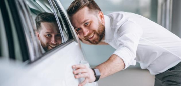 أفضل طريقة تلميع زجاج السيارة