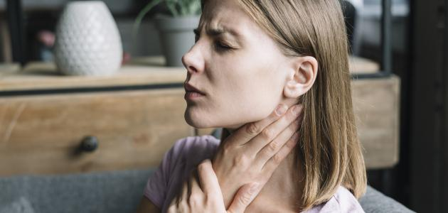 أعراض سرطان الغدد اللمفاوية في الرقبة