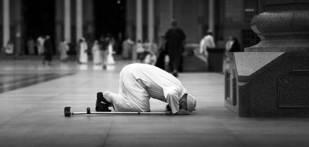 ما حكم الخشوع في الصلاة