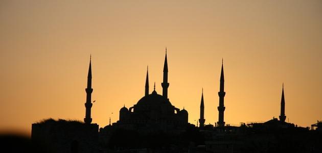 أول مؤذن في الإسلام