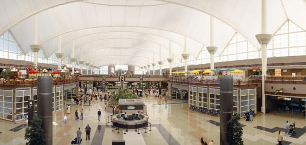أكبر مطارات العالم مساحة