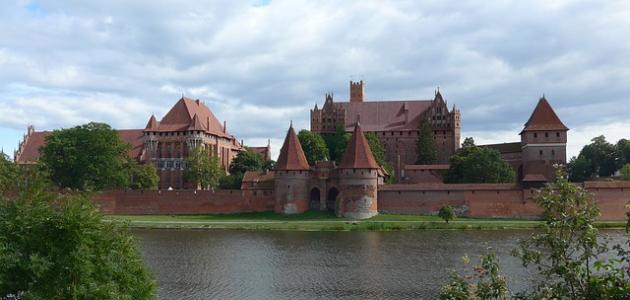 أكبر قلعة في العالم