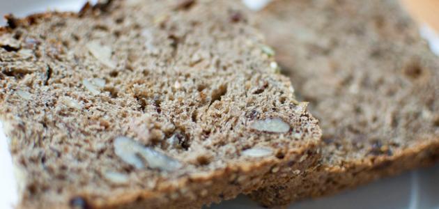 كيف يصنع الخبز الأسمر