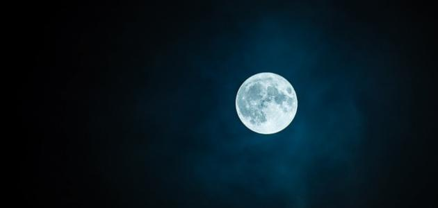 انشقاق القمر