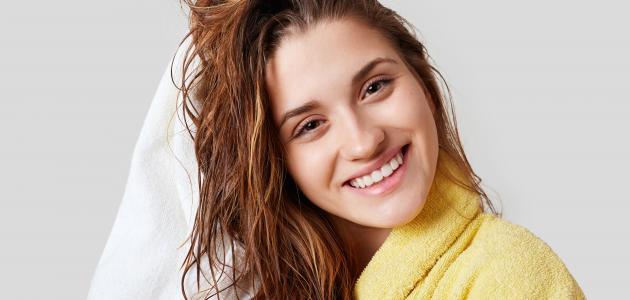 التخلص من نفشة الشعر بعد الاستحمام