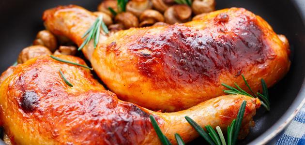 أفضل طريقة لتتبيل الدجاج بالفرن