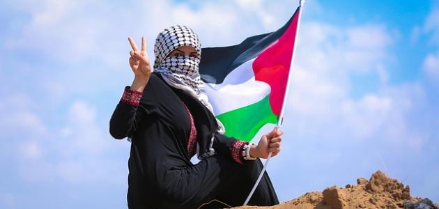 أشعار محمود درويش عن الوطن