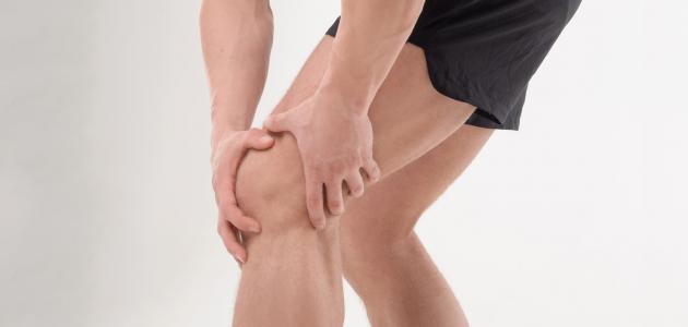 ما أسباب خشونة الركبة