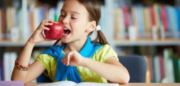 أطعمة تزيد من ذكاء الأطفال
