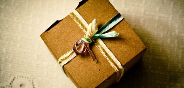 كيفية صنع علب الهدايا