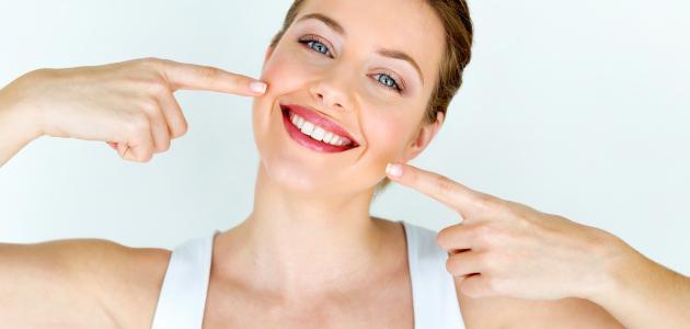 أفضل خلطة لتبييض الأسنان