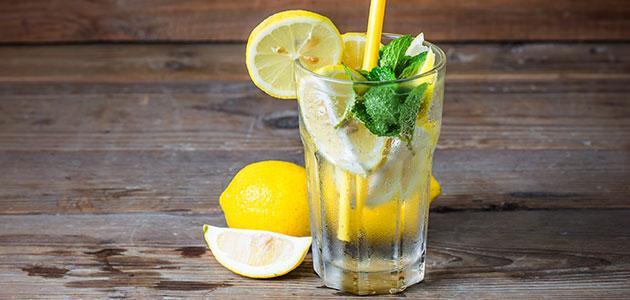 أضرار شرب الليمون