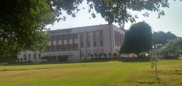 أكبر جامعة في العالم