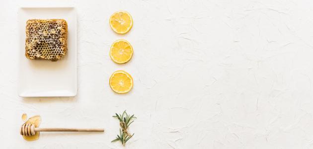أضرار العسل والليمون على الريق