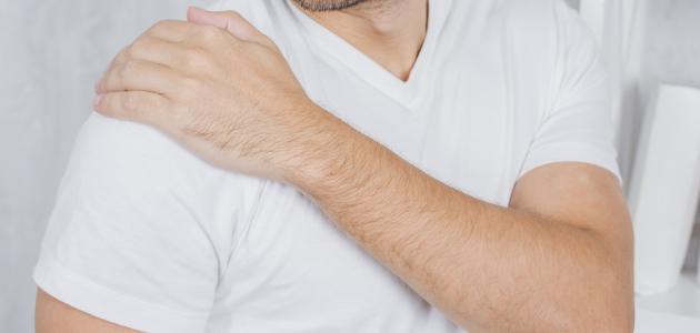 أعراض التهاب مفصل الكتف الأيسر