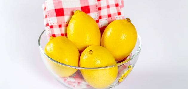فوائد بياض البيض مع الليمون للوجه