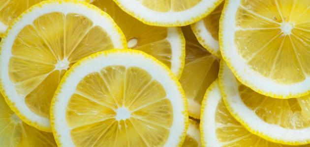 أضرار الليمون للقولون