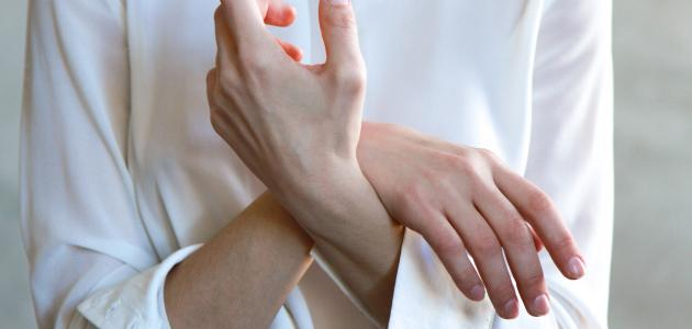 أعراض التهاب الأوتار في اليد