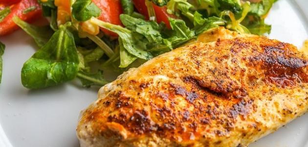 أطعمة عالية البروتين
