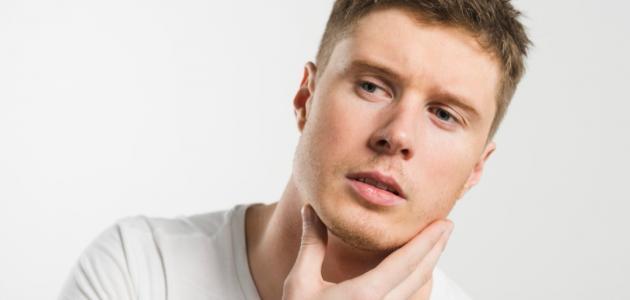 كيف أصبح أبيض الوجه للرجال