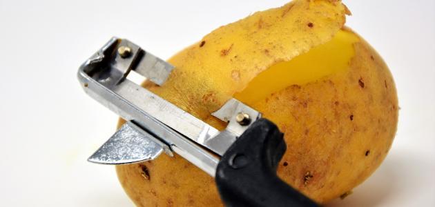 كيف تستخدم البطاطس للبشرة