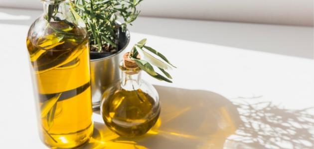 كيف أستعمل زيت الزيتون للشعر الجاف