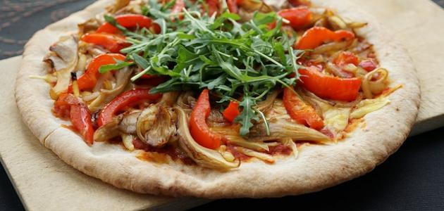 أفضل طريقة عجينة للبيتزا