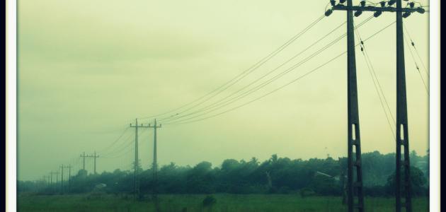بماذا يقاس التيار الكهربائي