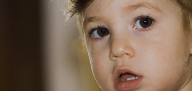 آثار ظهور الأسنان عند الأطفال