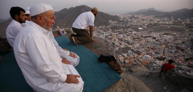 كيف نصلي وراء الإمام