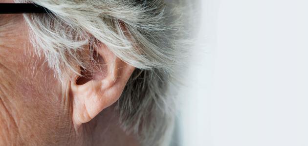 ما هي أعراض طنين الأذن