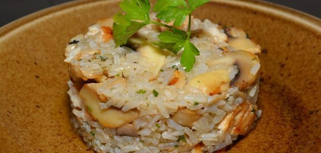 أكلات بصدور الدجاج مع الأرز
