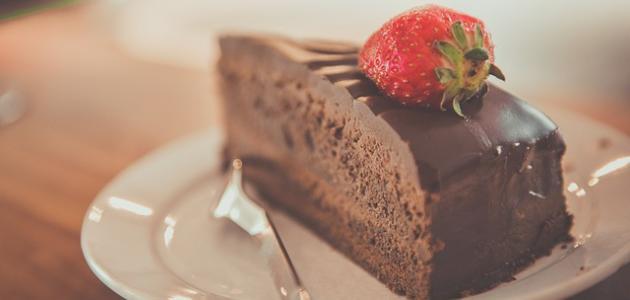 طريقة عمل كيكة شوكولاته سهلة