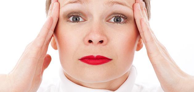 ما هي أسباب طنين الأذن المستمر