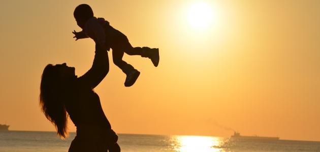 كلمات عن شعور الأمومة