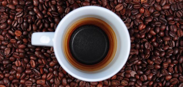 فوائد بقايا القهوة للوجه