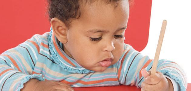 كيف تعلم ابنك القراءة