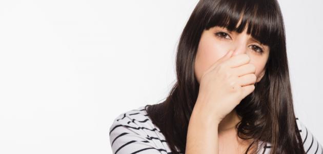 كيف أزيل رائحة الثوم من الفم