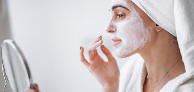 ماسك سريع لتفتيح البشرة الدهنية