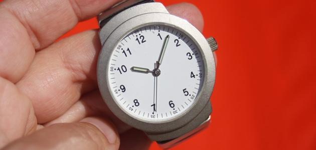 طريقة تنظيف ساعة اليد