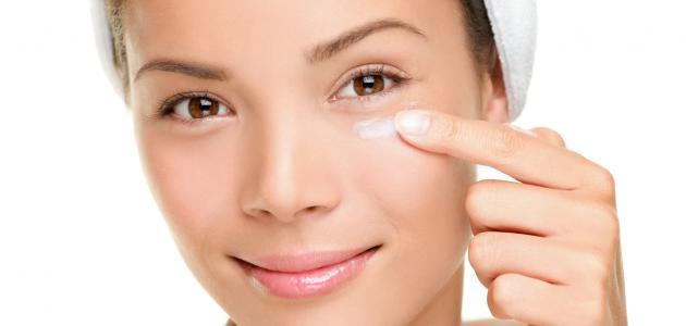 كيفية إزالة تجاعيد العينين