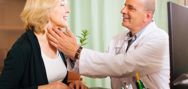أعراض الغدة الدرقية عند النساء