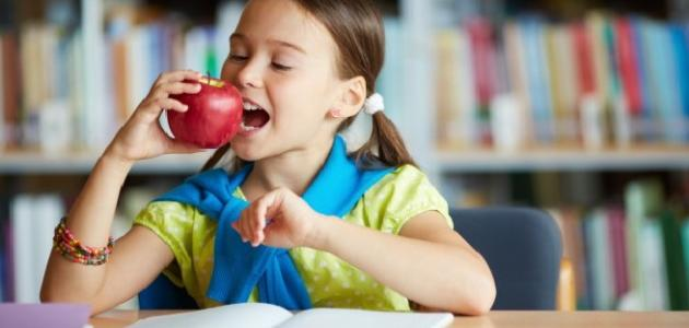 أطعمة تنمي ذكاء الطفل