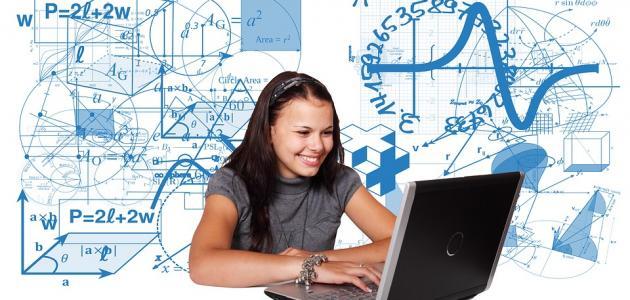 أثر التكنولوجيا على التعليم سلباً وإيجاباً